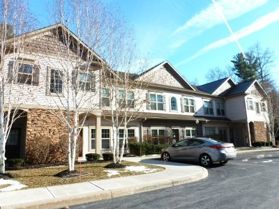Saratoga County Single Family Home For Sale: 5 Lancaster Pl