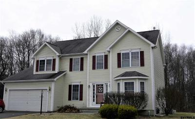 Clifton Park Single Family Home For Sale: 7 Bramblewood