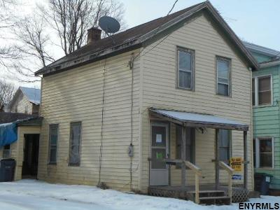 Rensselaer County Single Family Home New: 30 Willow St