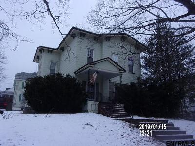 Gloversville Single Family Home For Sale: 79 Broad St