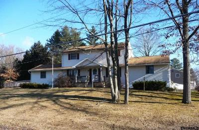 Halfmoon Single Family Home For Sale: 57 Bayberry Dr
