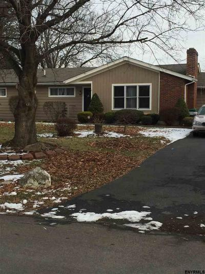 Kinderhook NY Single Family Home Back On Market: $210,000