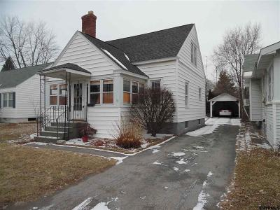 Colonie Single Family Home For Sale: 9 Maplewood Av
