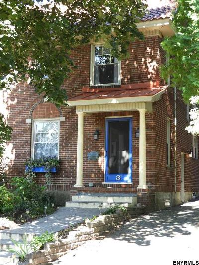 Amsterdam Single Family Home For Sale: 3 McGibbon Av