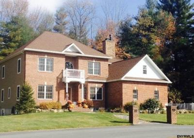 Queensbury Single Family Home For Sale: 30 Beacon Hollow