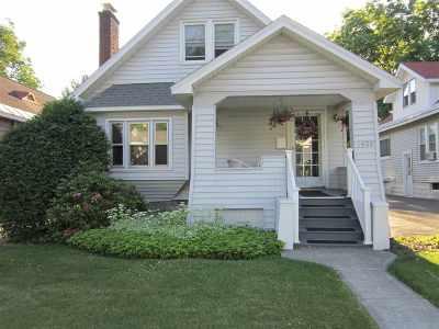 Niskayuna Single Family Home For Sale: 1459 Baker Av