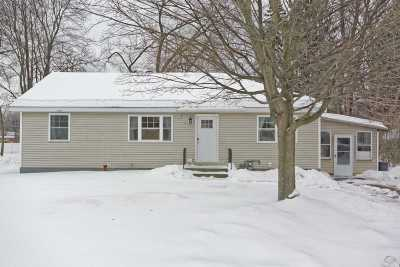 Guilderland Single Family Home Back On Market: 2912 W Lydius St