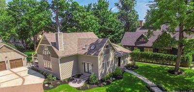 Saratoga Single Family Home For Sale: 55 Greenfield Av