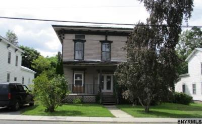 Schoharie County Single Family Home For Sale: 113 Holmes St
