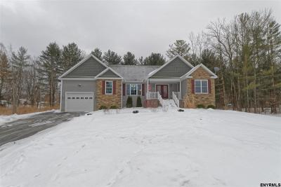 Rotterdam Single Family Home For Sale: 330 Jeanette Dr