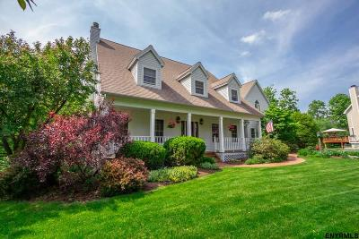 Schenectady County Single Family Home For Sale: 11 Crimson Oak Ct