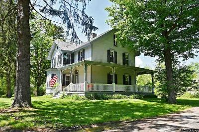Columbia County Single Family Home For Sale: 23 Frog Alley