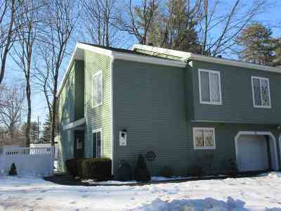 Single Family Home For Sale: 15 Leaf Rd