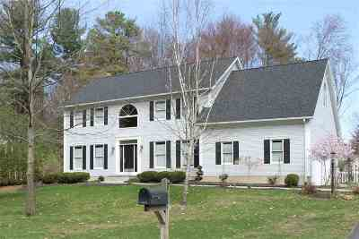 Wilton Single Family Home For Sale: 17 Cobble Hill Dr