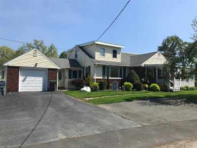 North Greenbush Single Family Home For Sale: 7 Mazoway Av