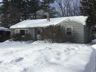 Glens Falls Single Family Home For Sale: 50 Byrne Av