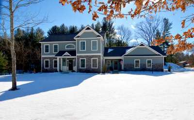 Wilton Single Family Home For Sale: 14 Foxhound Run