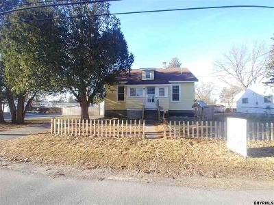 Schenectady Single Family Home For Sale: 183 Gifford Rd