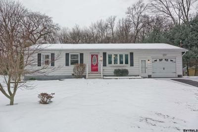 Halfmoon Single Family Home New: 23 Manchester Dr