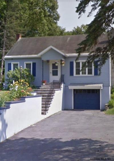 Queensbury, Fort Ann Single Family Home For Sale: 240 Cronin Rd