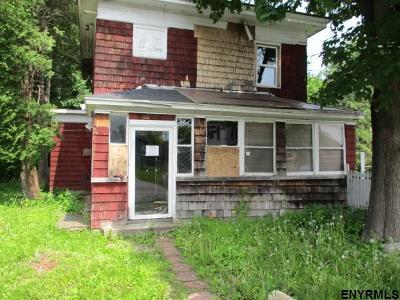 Florida Single Family Home For Sale: 3674 Maple La