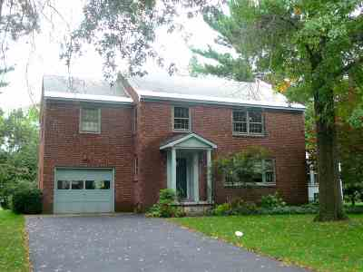 Schenectady Single Family Home For Sale: 841 Londonderry Rd