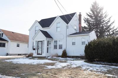 Schenectady County Single Family Home New: 806 Curry Rd