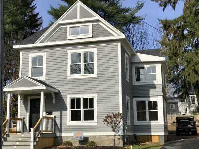 Saratoga Springs Single Family Home For Sale: 25 Waterbury St
