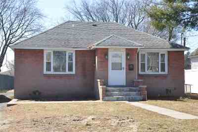 Single Family Home For Sale: 1298 Central Av