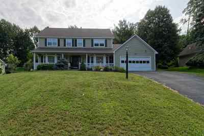 Colonie Single Family Home For Sale: 215 Shaker Ridge Dr