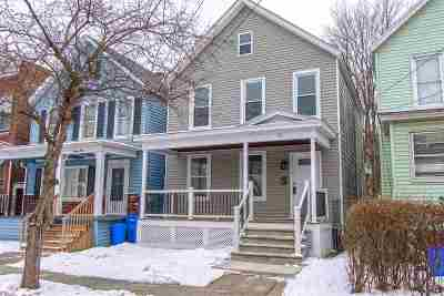 Albany Single Family Home For Sale: 19 Hurlbut St
