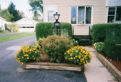 Esperance Single Family Home For Sale: 124 Charleston St