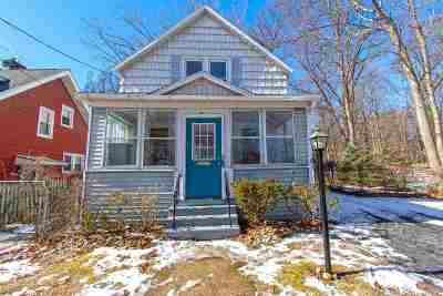 Guilderland Single Family Home For Sale: 19 Knowles Ter