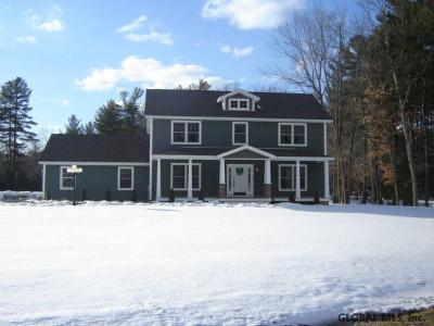 Rensselaer Single Family Home For Sale: 3 Summers End