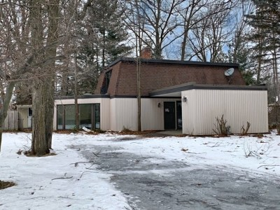 Colonie Single Family Home For Sale: 20 Space Blvd
