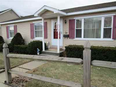 Waterford Single Family Home For Sale: 106-108 Broad St