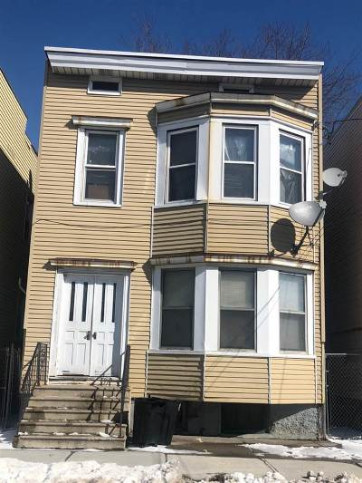 Albany Two Family Home For Sale: 555 First St