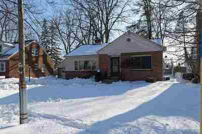 Scotia Single Family Home For Sale: 307 Lark St
