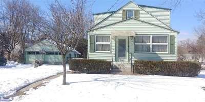 Schenectady Single Family Home For Sale: 13 Fenwick Av