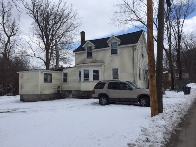 Rensselaer Single Family Home For Sale: 117 Willow St