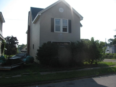 Johnstown Single Family Home Active-Under Contract: 18 Fon Clair St