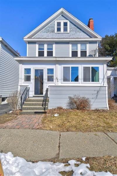 Albany Single Family Home For Sale: 383 Mountain St