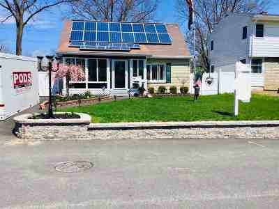 Single Family Home For Sale: 12 Clinton Rd