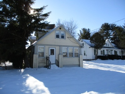 South Glens Falls Single Family Home For Sale: 20 Haviland Av