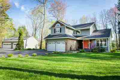 Single Family Home For Sale: 10 Pheasant Run