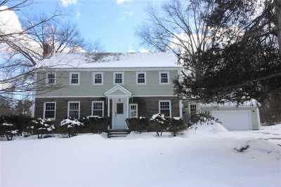 Niskayuna Single Family Home For Sale: 2378 Cayuga Rd