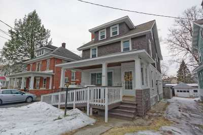 Schenectady Single Family Home For Sale: 805 Plymouth Av