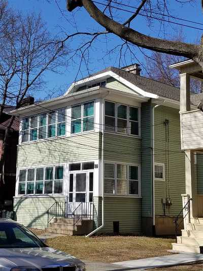 Albany Two Family Home For Sale: 673 Hudson Av