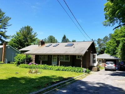 Rensselaer County Single Family Home For Sale: 215 Miller Rd