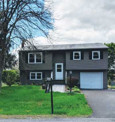 Mechanicville, Stillwater Single Family Home For Sale: 21 Castle Dr